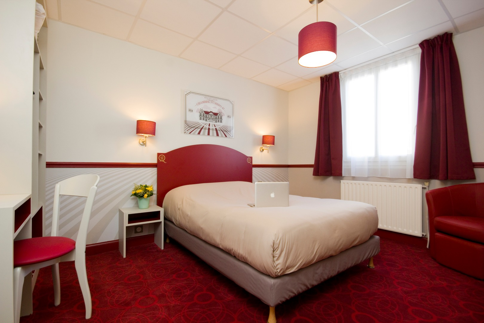 Hotel des 4 soeurs a charming hotel in bordeaux centre for Hotels bordeaux